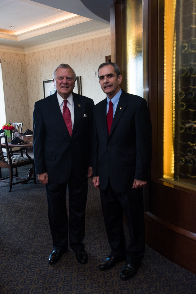 Lee Ellis and Georgia Governor Nathan Deal